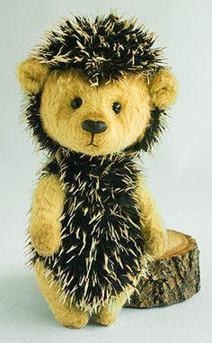Artist Bears and Handmade Teddy Bears Hedgehog Illustration, Hedgehog Craft, Teddy Toys, Felt Mouse, Love Bear, Bear Doll, Tiny Treasures, Flower Fairies, Cute Creatures