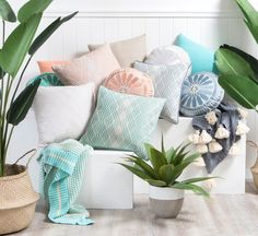 Get Online Cushions For The Decor Of Your Home