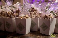 See more ideas about wedding favours with popcorn, popcorn favors and f Wedding Favours Muslim, Wedding Favour Drinks, Wedding Favors For Men, Popcorn Wedding Favors, Popcorn Favors, Wedding Favours Luxury, Honey Wedding Favors, Vintage Wedding Favors, Winter Wedding Favors
