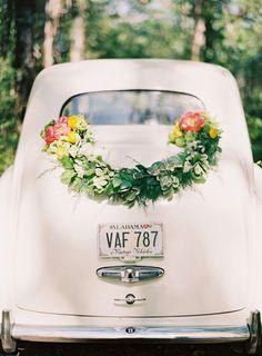 wedding-car-garland