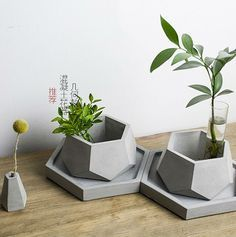 Cheap decor mold, Buy Quality silicone mold directly from China clay mold Suppliers: plant pot silicone molds plant pots decorative molds silicone concrete molds DIY clay molds Concrete Planter Molds, Cement Pots, Concrete Crafts, Concrete Art, Concrete Projects, Diy Projects List, Project List, Beton Design, Pot Jardin