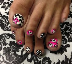 Flowers, polk a dot, heart toenail art design