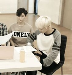 JRen - Ren stealing JR's hand... <3