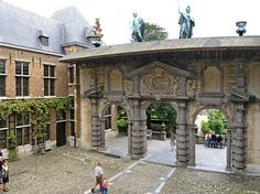 Rubenshuis, the house museum of the painter Peter Paul Rubens (1577-1640) in Antwerp, Belgium. This is a great palace in the street Wappers. Here we see the beautiful Baroque door giving access to the courtyard.