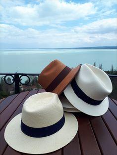 ..kavalkád! Panama Hat, Hats, Fashion, Moda, Hat, Fashion Styles, Fashion Illustrations, Hipster Hat, Panama