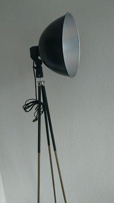 Stehlampe Tripod ZEBRANO Holz Bauhaus Stil Dreibein Schirm Schwarz Gold 45cm 349
