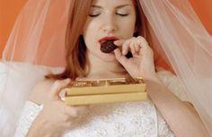 Quante di voi stanno affrontando una dieta per perdere qualche kg prima del fatidico si? Riuscite a non cedere alle tentazioni della buona tavola? #wedding #weddingplanner #matrimonio #matrimoniopartystyle #sposa #dieta #bride #bridal