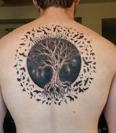 Vögel mit Lebensbaum Tattoo