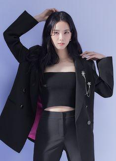 Blackpink Fashion, Korean Fashion, Fashion Outfits, Kpop Girl Groups, Kpop Girls, Black Pink ジス, Blackpink Photos, Blackpink Jisoo, Korean Beauty