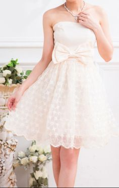 Cute Off-The-Shoulder cocktail wedding dress #white #wedding #dress