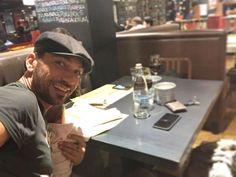 #CostantinoVitagliano Costantino Vitagliano: Buona cena da noi❤️ #ioete #costantino #ayla #amorepuro #piccola #love #life #happiness #fatheranddaughter #dinner #selfie #purabrace #siviveunavoltasola