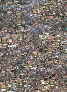Favela by Fernando Alan