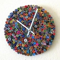 Eco-Friendly Rainbow Wall - Quilling Deco Home Trends Cool Clocks, Unique Wall Clocks, Recycled Magazines, Recycled Art, Recycled Materials, Paper Clock, Handmade Wall Clocks, Room Deco, Wall Clock Design
