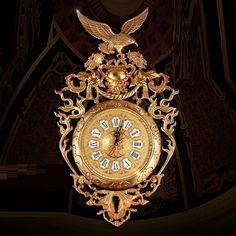 Luxury Homes, Clock, Decoration, Wall, Luxurious Homes, Watch, Decor, Luxury Houses, Clocks