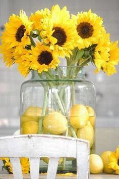 Lemon Centerpieces with beautiful sunflowers for a yellow wedding! Lemon Centerpieces, Sunflower Centerpieces, Wedding Centerpieces, Wedding Table, Wedding Decorations, Sunflower Bouquets, Wedding Ideas, Centerpiece Ideas, Simple Centerpieces