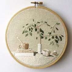 Neutral Tablescape – Hand Embroidered Plant, Thread Painted Contemporary Art, Embroidered Art, Hand Embroidery, Needlepainting Neutral Tablescape Hilo vegetal bordado a mano pintado Crewel Embroidery Kits, Hand Embroidery Designs, Vintage Embroidery, Cross Stitch Embroidery, Machine Embroidery, Embroidery Ideas, Embroidery Thread, Beginner Embroidery, Geometric Embroidery