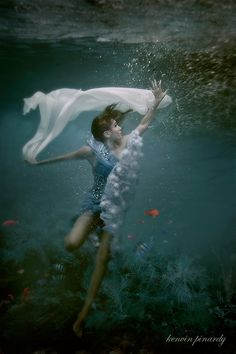 love under the sea      By: Kenvin Pinardy