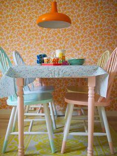 MAMMA TAMO #pastel #retro #floral #wallpaper #orange