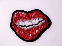 Red lips #bordado #embroidery #lips #mouth #bordadoderelleno #bordadoamano #textileart #handembroidery #handmade #hechoamano #embroideryart #art #artesania #fashion #fashiondesign #lobordass  FOLLOW US Facebook→Almudena Ruipérez