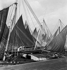 Marcel Gautherot.  Schiffe im Hafen vor dem Ver-o-Peso Markt Belém Pará,