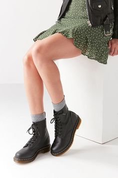 Slide View: 1: Dr. Martens Pascal Virginia 8-Eye Combat Boot