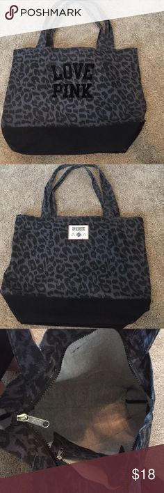 VS Pink gym bag Black and grey cheetah print with velvet letters. Zipper to close with a pocket on the inside. Fairly large. Great for shopping days or the gym. Smoke free home. Victoria's Secret Bags Totes