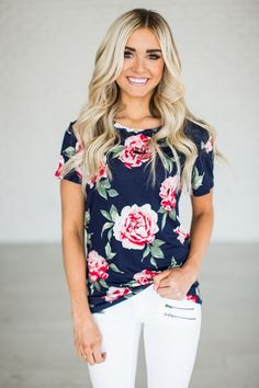 A gorgeous floral tee to livin' up any jeans & tee day! 95% Rayon, 5% Spandex See Sierra's sizing HERE, she is wearing size Small See Margie's sizing HERE, she is wearing size Large Also available in
