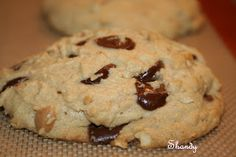 Easy Chocolate Chip Cookies with Peanut Butter