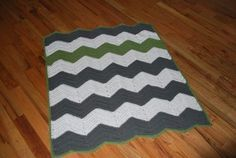 Free crochet chevron stripe baby blanket. Great pattern! Easy to increase width and makes sense! The last chevron pattern I tried kept increasing on the ends, this one doesn't.
