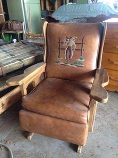 Vintage 50s Cowboy Western Wagon Wheel Couch Naugahyde Oak