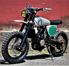 Dedicated to the best scrambler builds Custom Motorcycles, Custom Bikes, Yamaha Sr400, Bmw K100, Custom Cycles, Moto Bike, Motorcycle Design, Moto Style, Toyota Tacoma