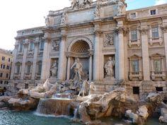 La Fontana di Trevi de día