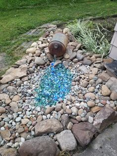 45 amazing dry river bed landscaping ideas you will love 21 « Home Decoration Large Backyard Landscaping, Landscaping With Rocks, Landscaping Ideas, Decorative Rock Landscaping, River Rock Landscaping, Dry River, Rock Garden Design, Garden Yard Ideas, Diy Garden