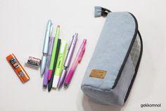 스탠딩 필통 만들기 : 네이버 블로그 Diy And Crafts, Pouch, Pencil, Bags, Simple, Ideas, Craft, Cosmetic Bag, Dressmaking