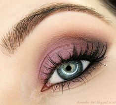 Beautiful 'Burlesque' look created by Tiril using Makeup Geek's Burlesque and Peach Smoothie eyeshadows. #makeupgeek