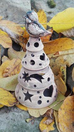 Adventní dekorace svítící stromeček Pottery Handbuilding, Ceramic Light, Christmas Decorations, Christmas Tree, Pottery Ideas, Ms, Copper, Trees, Clay