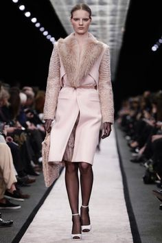 Givenchy Ready To Wear Fall Winter 2014 Paris - NOWFASHION