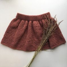 Ravelry: Designs by Birgitte Haahr Hejlesen Crochet Shorts, Knit Crochet, Knit Baby Pants, Crochet Girls, Crochet Designs, Crochet Ideas, Short Girls, Baby Knitting, Boho Shorts