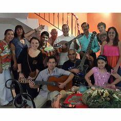 """No tiene que ser #Navidad para uno reunirse ... reunión de inicio de año con los """"Amigos de la Música"""".  #Amigos #friends #Música #Music #LaTertulia #LaTertuliaFM #Cumaragua"""
