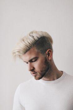 Men-Fashionblogger-Meanwhileinawesometown-Blonde-Hair-Menshairstyle-Hairstyle-for-Men-by-Carola-Staudinger-1-683x1024.jpg (683×1024)