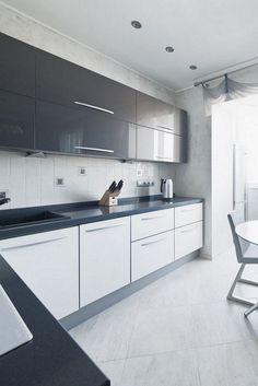 Best Modern White Kitchen Cabinets and Backsplash Design Ideas Ideas Kitchen Cabinets And Backsplash, Modern Kitchen Cabinets, Kitchen Cabinet Colors, Modern Kitchen Design, Kitchen Layout, Kitchen Interior, Backsplash Design, Layout Design, Design Ideas