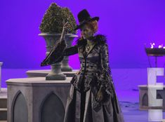 OUAT #WickedIsComing --Anybody else notice that this is the Evil Queen's costume from Season 1 Episode 17 (Hat Trick)???