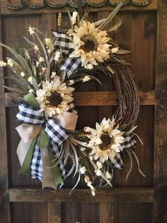 Helena's Home Etsy – Fall Wreath İdeas. Wreaths For Front Door, Door Wreaths, Diy Wreath, Wreath Ideas, House Front Door, Wreath Making, Front Porch, Autumn Wreaths, Holiday Wreaths