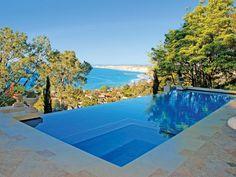 Never ending pool! So beautiful.