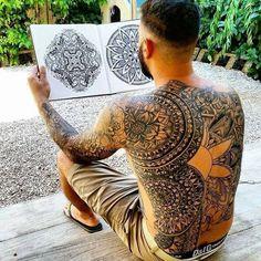 Maori Back Tattoo Motive Mandala Tattoo Meaning, Mandala Tattoo Design, Geometric Mandala Tattoo, Design Tattoos, Mandala Dots, New Tattoos, Tribal Tattoos, Paisley Tattoos, Butterfly Tattoos
