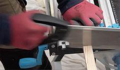 Tutoriel pour fabriquer une verrière en bois pas chère et design - 18h39.fr Knife Block, Decoration, Design, Living Room Canopy, Decor, Dekoration, Decorations, Embellishments, Design Comics