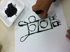 1st grade printmaking robots-  could be cool as a found object printmaking class for older kids