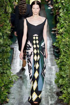 Valentino Autumn Winter 2014/15 - Paris Haute Couture