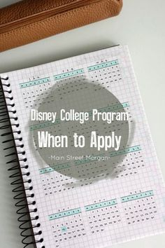 GET READY to Apply for the most amazing internship in the world! Disney Princess Facts, Disney Fun Facts, Disney Dorm, Disney Trips, Disney Internship, Disney World Crowd Calendar, College Information, English Teaching Materials, Punk Disney Princesses