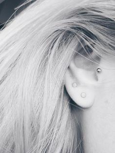 Styling by elisabethmathilde showing Dot Ear Studs Medium Grey Rhodium and Dot Ear Studs Medium Grey Rhodium #jewellery #Jewelry #bangles #amulet #dogtag #medallion #choker #charms #Pendant #Earring #EarringBackPeace #EarJacket #EarSticks #Necklace #Earcuff #Bracelet #Minimal #minimalistic #ContemporaryJewellery #zirkonia #Gemstone #JewelleryStone #JewelleryDesign #CreativeJewellery #OxidizedJewellery #gold #silver #rosegold #hoops #armcuff #jewls #jewelleryInspiration #JewelleryInspo…